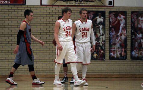 Eaton Basketball advances in District Tournament