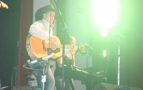 Eaton graduate and country artist performs for students, community