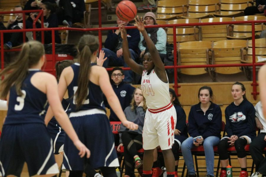 Lady Reds destroy Liberty Common