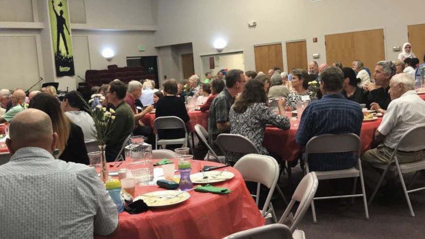 Families+all+over+Fort+Collins+gathered+together+at+the+Heart+of+the+Rockies+Church+to+help+raise+money+for+Syrian+Refugees+with+Radwan.Kalaaji.+
