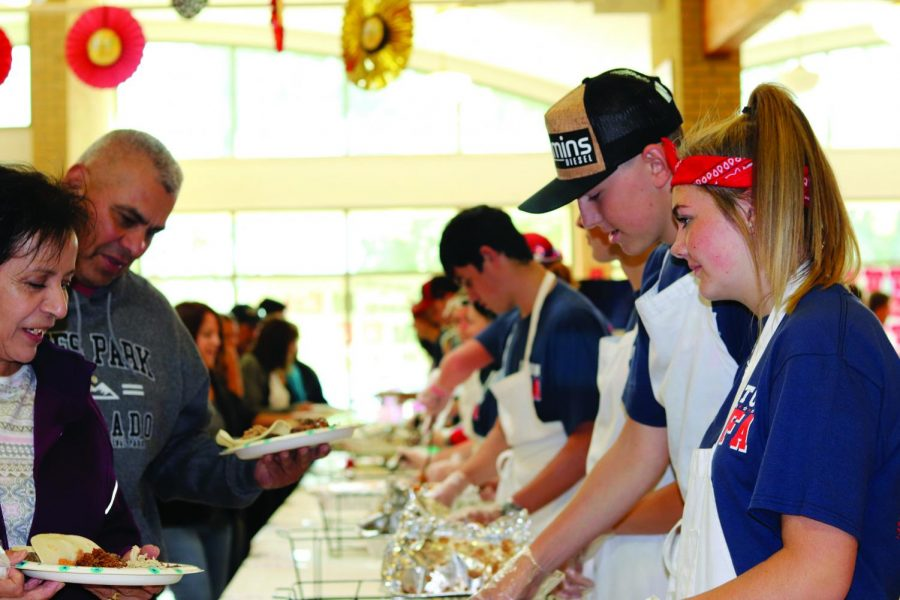 Over 400 lineup for 'Taste of Eaton'