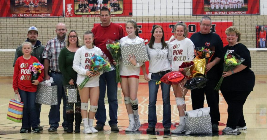 Seniors+Makenzie+Harris%2C+Quinci+Johnson%2C+and+Michaela+Hill+celebrate+their+senior+night