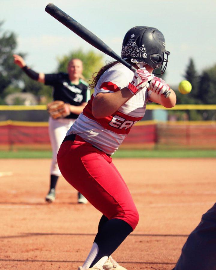 Jennifer+Jarnigan+%2811%29+winds+up+to+hit+a+ground+ball.+