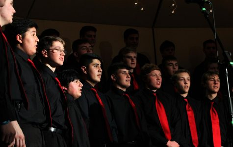End of semester choir concert spreads holiday joy