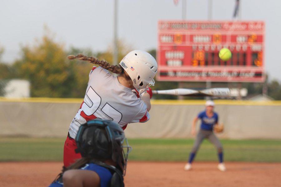 Reds+softball+vs.+Wiley+photos