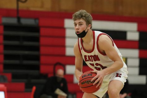 Boys Basketball falls short to rival Sterling Tigers
